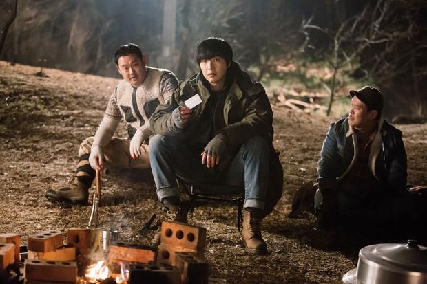 Tiểu Thuyết Sát Nhân: Phim Hàn mang tham vọng châm biếm nhưng chưa đủ sâu cay - Ảnh 3.