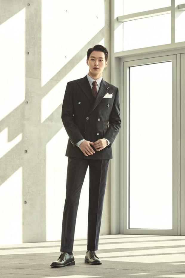 Tờ báo danh tiếng Hàn Quốc gọi tên 4 nam thần sẽ thay thế Song Joong Ki và Lee Min Ho - Ảnh 9.
