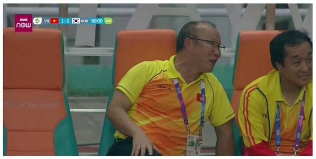 Vì sao HLV Park Hang Seo tươi cười khi Olympic Việt Nam bại trận trước Hàn Quốc? - Ảnh 1.