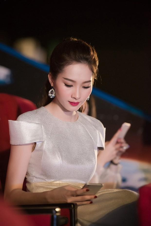Những khoảnh khắc bị chụp lén của sao Việt: Lau mồ hôi, nhắm tịt mắt vẫn đẹp xuất thần - Ảnh 8.