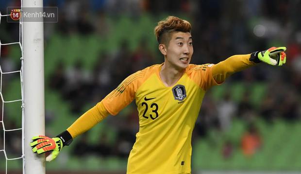 Thủ môn Hàn Quốc tiếc nuối vì bị Minh Vương chọc thủng lưới, nhận bàn thua đầu tiên ở ASIAD 2018 - Ảnh 3.