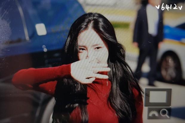 Ngược đời nhan sắc mỹ nhân Hàn: Ảnh chính thức bị dìm như thảm họa, hình chụp vội thì đẹp đỉnh cao - Ảnh 13.