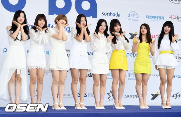 Thảm xanh khủng nhất hội tụ hơn 70 sao Hàn: Sao nhí lột xác khó tin, TWICE lòe loẹt đối đầu Red Velvet sexy - Ảnh 41.