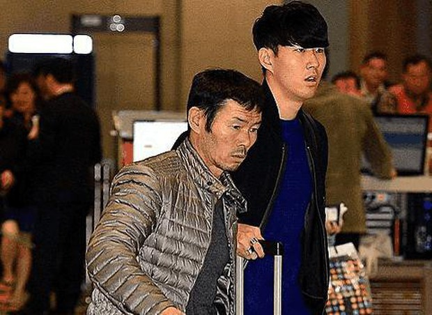 O.Việt Nam vs O. Hàn Quốc: Bố của Son Heung-Min căng thẳng suốt trận - Ảnh 3.