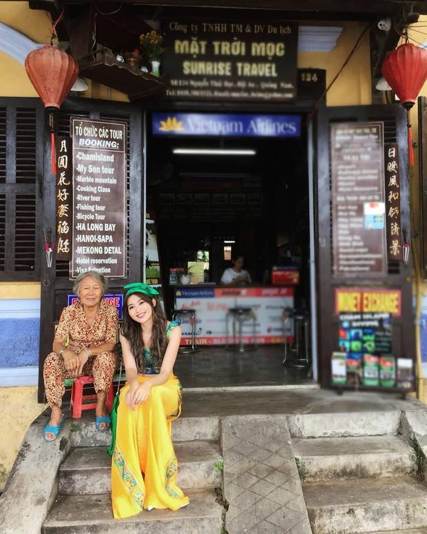 Đi du lịch thôi mà Salim, Jolie Nguyễn, Cao Thiên Trang... lên đồ xinh và nổi hết phần người khác - Ảnh 9.