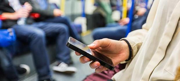 Ai nghiện smartphone nên tham khảo những biện pháp này để bảo vệ mắt - Ảnh 5.