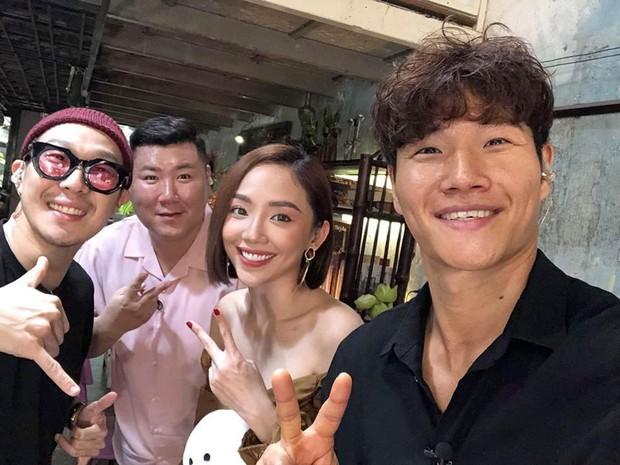 Đăng ảnh chụp cùng Haha và Kim Jong Kook, đây là ấn tượng không ngờ của Tóc Tiên về bộ đôi sao Hàn - Ảnh 1.