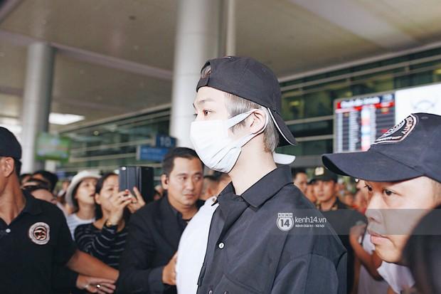 Nữ thần lai Nancy gây sốt vì quá đẹp, MOMOLAND và Monsta X khiến sân bay Tân Sơn Nhất vỡ trận - Ảnh 21.