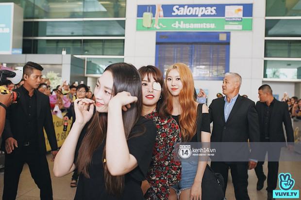 Nữ thần lai Nancy gây sốt vì quá đẹp, MOMOLAND và Monsta X khiến sân bay Tân Sơn Nhất vỡ trận - Ảnh 8.