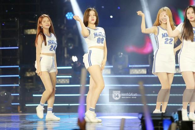 MOMOLAND quẩy hết cỡ với 2 hit trăm triệu view bên Monsta X, Thu Minh và Tóc Tiên đẳng cấp trong show Hàn-Việt - Ảnh 10.