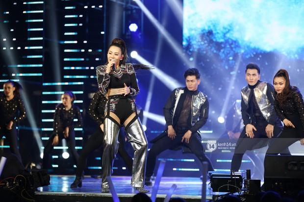 MOMOLAND quẩy hết cỡ với 2 hit trăm triệu view bên Monsta X, Thu Minh và Tóc Tiên đẳng cấp trong show Hàn-Việt - Ảnh 26.