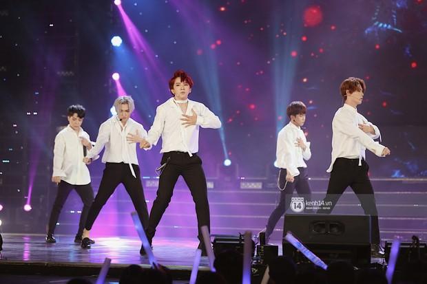 MOMOLAND quẩy hết cỡ với 2 hit trăm triệu view bên Monsta X, Thu Minh và Tóc Tiên đẳng cấp trong show Hàn-Việt - Ảnh 5.