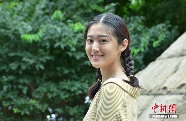 Không hổ danh là cái nôi của điện ảnh Trung Quốc, nhan sắc tân sinh viên Học viện Điện ảnh Bắc Kinh ai cũng vào hàng cực phẩm - Ảnh 10.