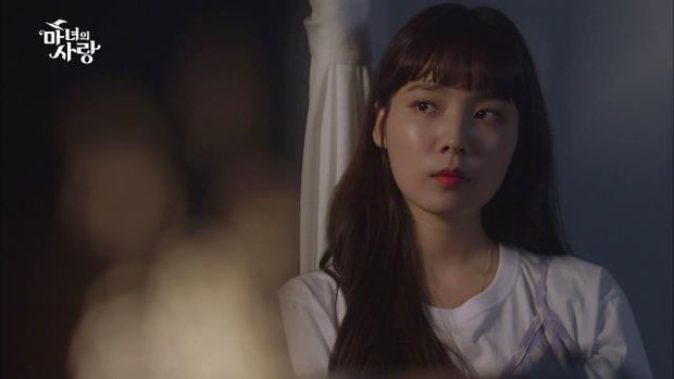 Witchs Love: Chuyện tình tay ba giữa hai soái ca và cô nàng phù thủy xứ Hàn - Ảnh 8.