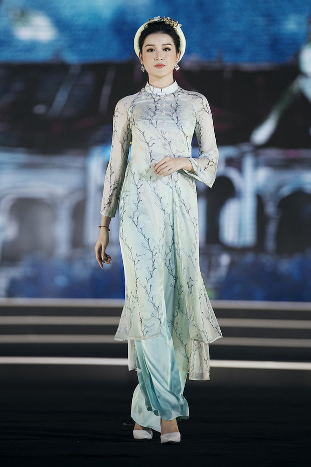 """Công thức diện đồ """"đinh"""" của Á hậu Huyền My: Mặc váy cực diêm dúa và nhất định phải cài thứ gì đó thật sến lên đầu - Ảnh 10."""