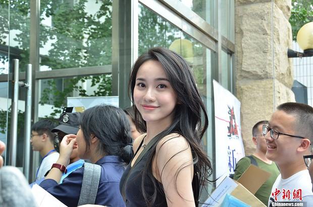 Không hổ danh là cái nôi của điện ảnh Trung Quốc, nhan sắc tân sinh viên Học viện Điện ảnh Bắc Kinh ai cũng vào hàng cực phẩm - Ảnh 3.