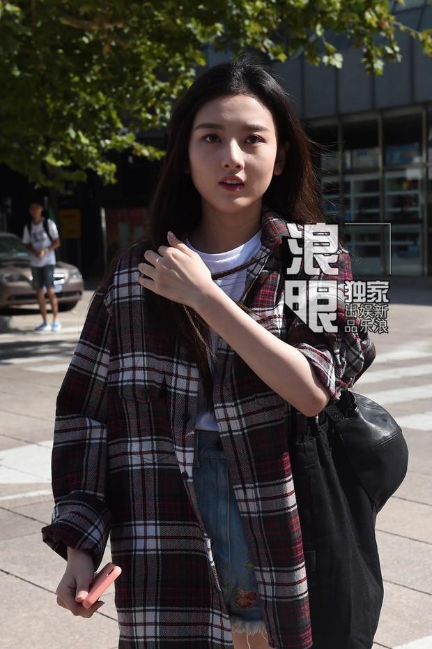 Không hổ danh là cái nôi của điện ảnh Trung Quốc, nhan sắc tân sinh viên Học viện Điện ảnh Bắc Kinh ai cũng vào hàng cực phẩm - Ảnh 8.