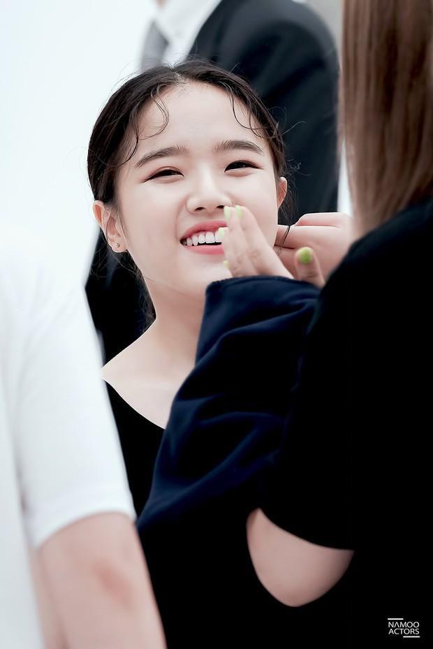 Sao nhí Kim Hyang Gi năm nào giờ đã xinh đẹp khó cưỡng bên dàn sao Thử Thách Thần Chết - Ảnh 3.
