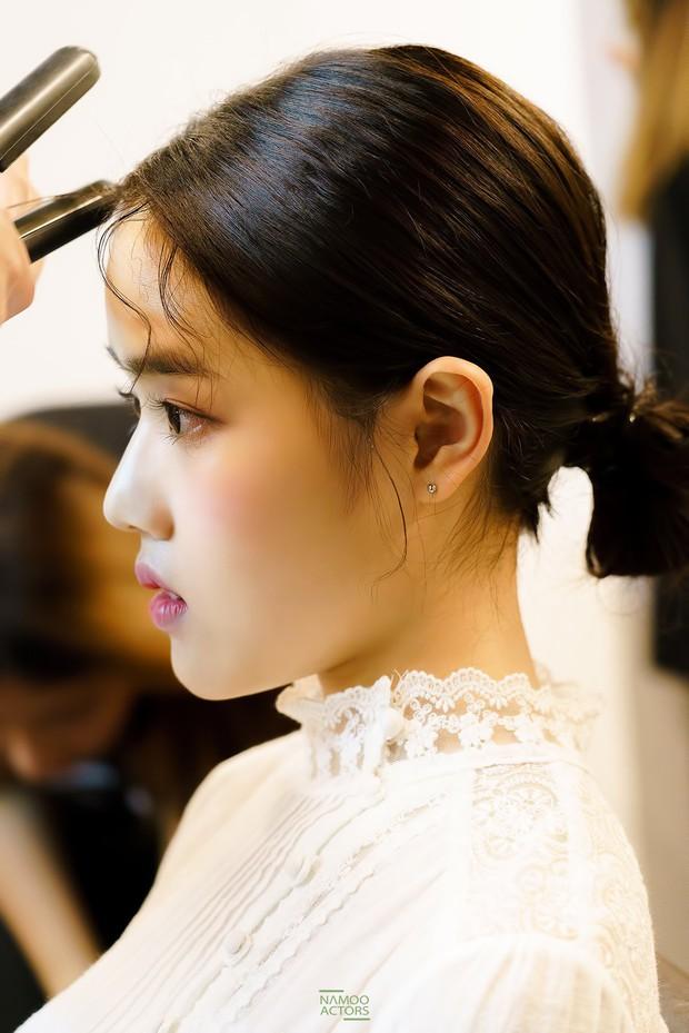 Sao nhí Kim Hyang Gi năm nào giờ đã xinh đẹp khó cưỡng bên dàn sao Thử Thách Thần Chết - Ảnh 4.