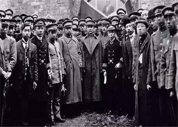 Số phận các hoàng thân quốc thích sau khi triều đại phong kiến cuối cùng của Trung Quốc sụp đổ - Ảnh 4.
