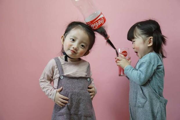 2 nhóc tỳ sinh đôi mới nổi đã xâm chiếm MXH Hàn Quốc vì dễ thương và sở hữu gu ăn mặc siêu chất - Ảnh 21.