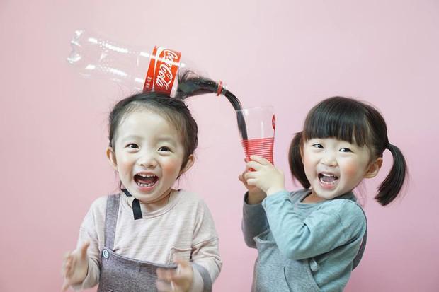 2 nhóc tỳ sinh đôi mới nổi đã xâm chiếm MXH Hàn Quốc vì dễ thương và sở hữu gu ăn mặc siêu chất - Ảnh 2.