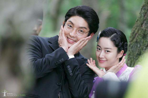 4 cặp đôi Hàn bị tung chứng cứ vẫn chối bay chuyện phim giả tình thật: Người nói dối, kẻ đáp trả quá gắt - Ảnh 3.