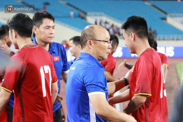 Đặng Văn Lâm bị thầy mắng sau sai lầm khiến người hâm mộ thót tim - Ảnh 5.