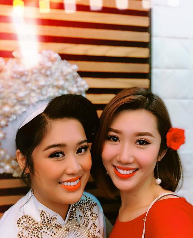 Thuý Ngân Gạo nếp gạo tẻ đến chung vui trong đám cưới của con gái nghệ sĩ Hồng Vân - Ảnh 2.