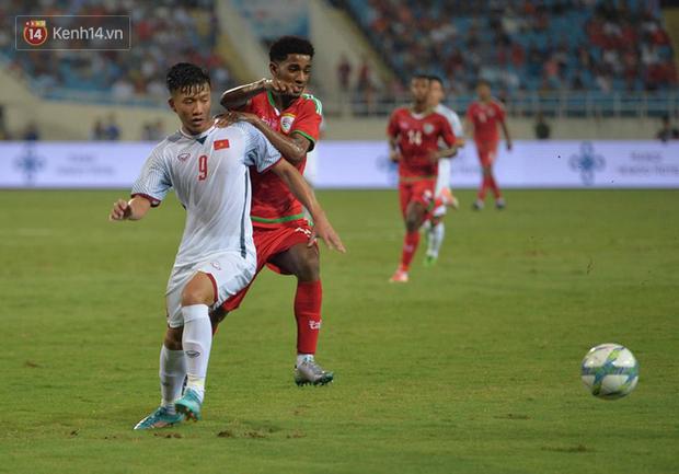 Bùi Tiến Dũng khó cạnh tranh với Đặng Văn Lâm tại U23 Việt Nam- Ảnh 3.