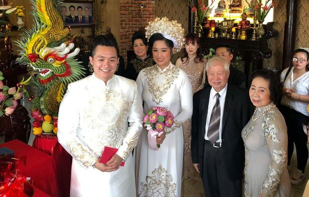 Thuý Ngân Gạo nếp gạo tẻ đến chung vui trong đám cưới của con gái nghệ sĩ Hồng Vân - Ảnh 7.