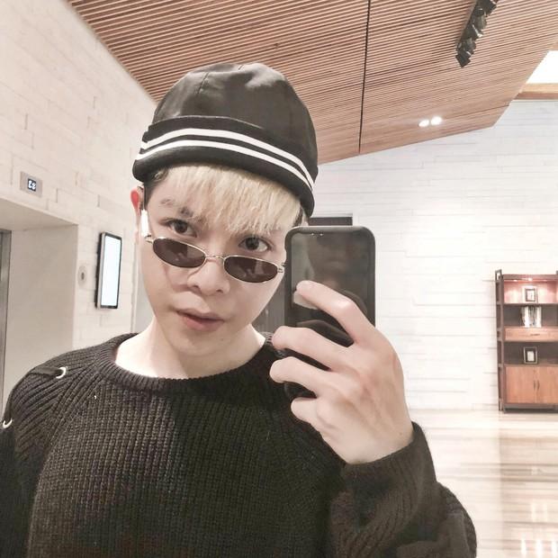 Nếu chưa biết cách đeo kính mắt để che quầng thâm, hãy để Minh Hằng chỉ cho bạn - Ảnh 3.