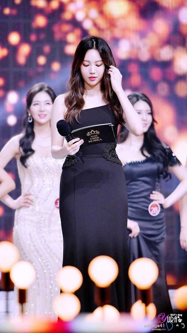 Hết lấn át dàn tân Hoa hậu, Á hậu Hàn Quốc, mỹ nhân Kpop lại gây náo loạn vì đôi chân bảo hiểm 10 tỉ quá nuột - Ảnh 12.