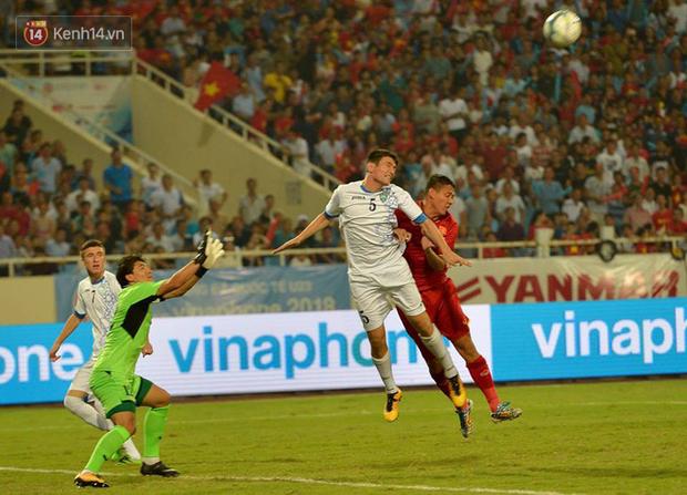 Hình ảnh đẹp, đầy xúc động của U23 Việt Nam sau khi lên ngôi giải Tứ hùng - Ảnh 13.