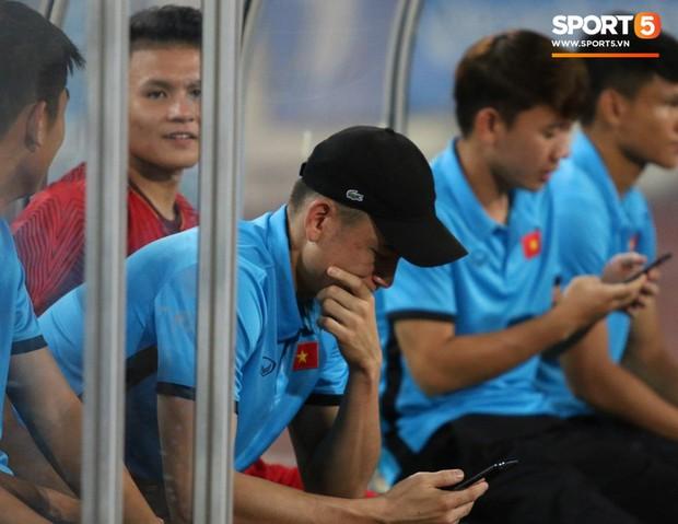Nụ cười lạc quan của Đặng Văn Lâm ngày chia tay Olympic Việt Nam - Ảnh 8.