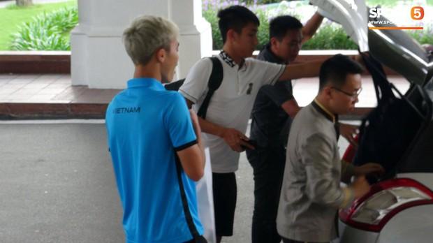 Nụ cười lạc quan của Đặng Văn Lâm ngày chia tay Olympic Việt Nam - Ảnh 6.