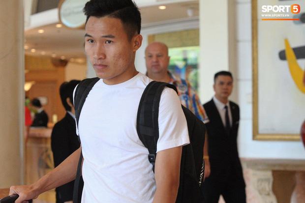 Nụ cười lạc quan của Đặng Văn Lâm ngày chia tay Olympic Việt Nam - Ảnh 5.