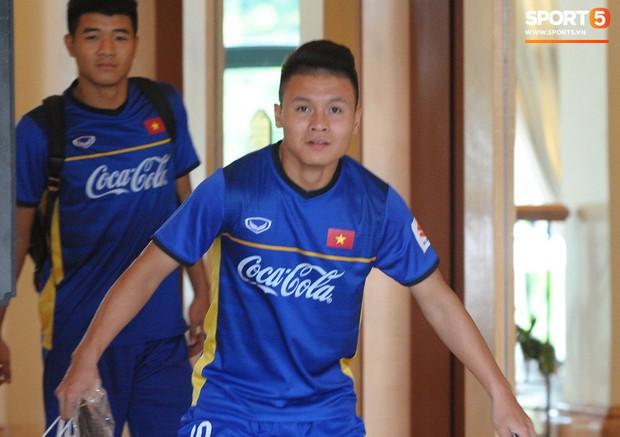 Nụ cười lạc quan của Đặng Văn Lâm ngày chia tay Olympic Việt Nam - Ảnh 9.