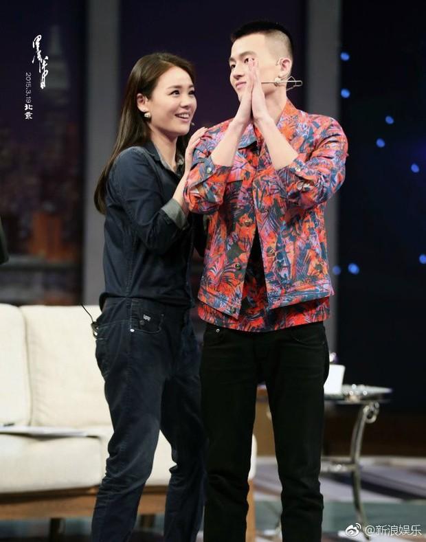 Thêm 1 cặp đôi đường ai nấy đi: Ảnh hậu Kim Mã chia tay bạn trai sau 3 năm hẹn hò - Ảnh 2.