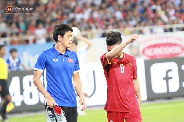 Quang Hải dính chấn thương trước thềm ASIAD 2018, người hâm mộ Việt Nam thót tim - Ảnh 6.