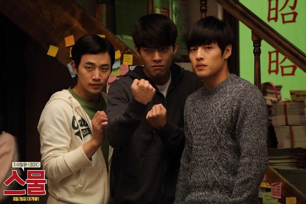 10 pha hành động từ phim Hàn Quốc nhưng chẳng hề kém cạnh bom tấn Hollywood (Phần 2) - Ảnh 3.