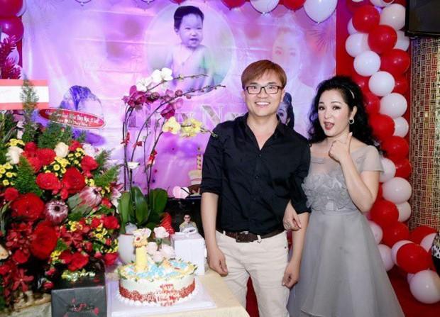 Trường Giang xuất hiện vui vẻ trong sinh nhật Thuý Nga giữa tin đồn cưới Nhã Phương vào tháng 9 - Ảnh 5.
