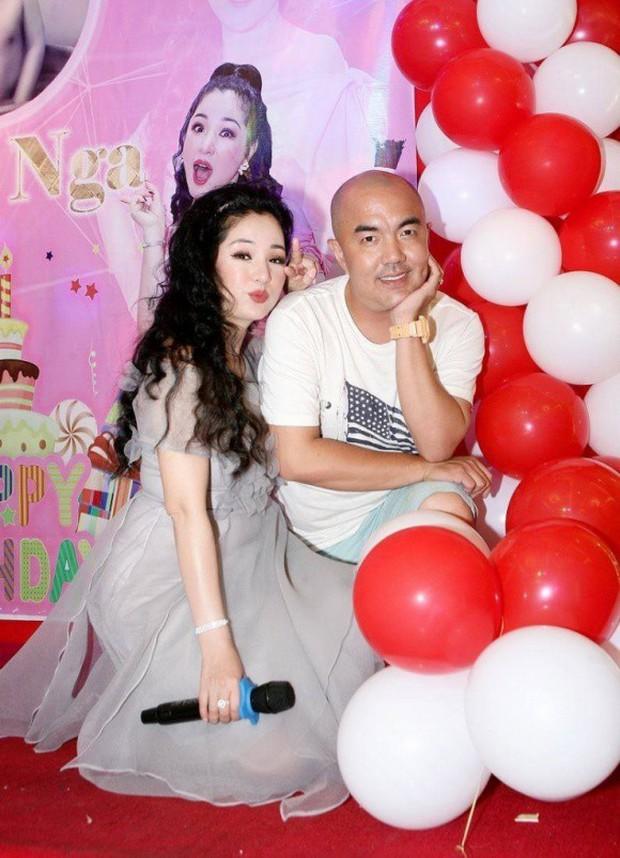 Trường Giang xuất hiện vui vẻ trong sinh nhật Thuý Nga giữa tin đồn cưới Nhã Phương vào tháng 9 - Ảnh 4.