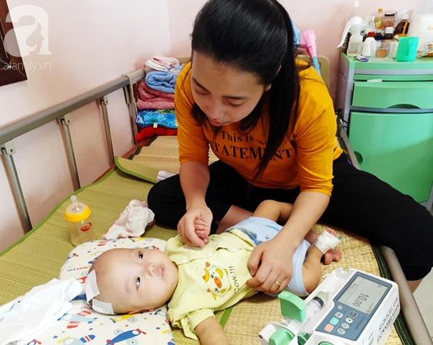 Mẹ trẻ đau đớn cầu xin mạnh thường quân cứu con trai bị não úng thủy từ lúc 2 tháng tuổi - Ảnh 7.