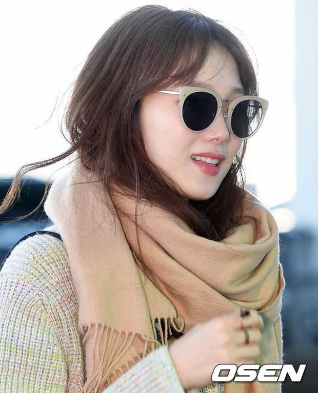 Chứng kiến màn đọ sắc hiếm hoi của 2 biểu tượng sang chảnh: Lee Sung Kyung cò hương và dàn mỹ nhân Black Pink - Ảnh 9.