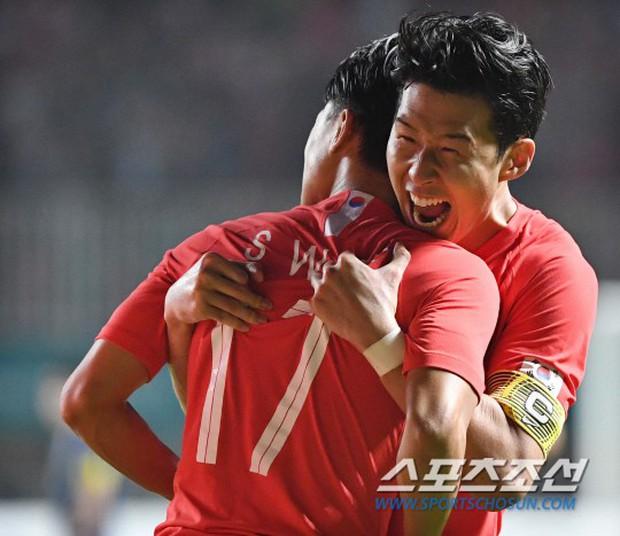 Cận cảnh niềm vui sướng tột độ của Son Heung-min khi không phải đi lính - Ảnh 3.