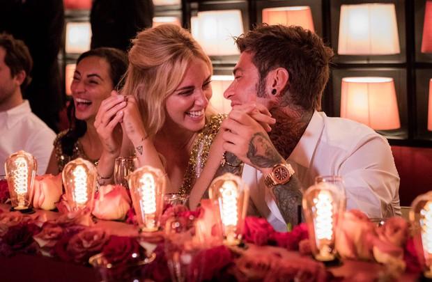 Chiara Ferragni và những khoảnh khắc lãng mạn như công chúa bên cạnh vị hôn phu đêm trước đám cưới cổ tích - Ảnh 12.