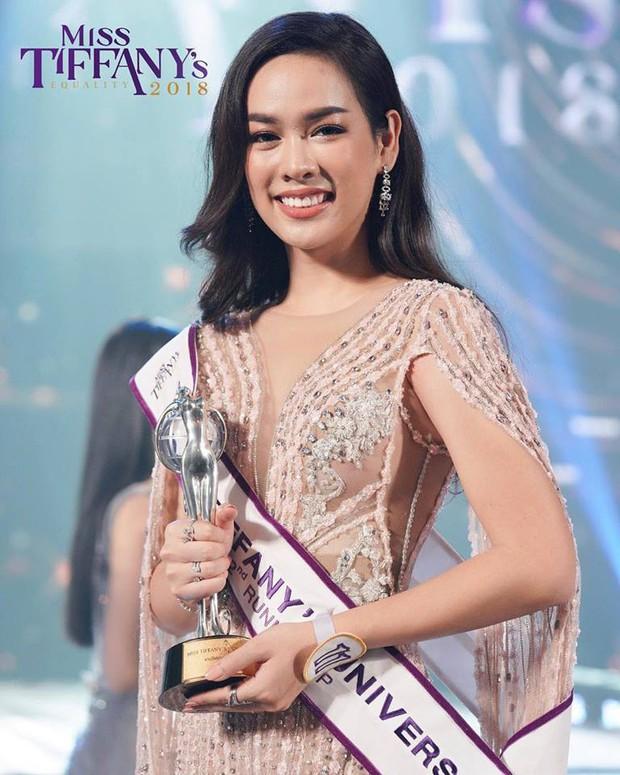 Nhan sắc Tân Hoa hậu Chuyển giới Thái Lan 2018: Liệu có thể sánh ngang với thần tiên tỷ tỷ Yoshi? - Ảnh 4.