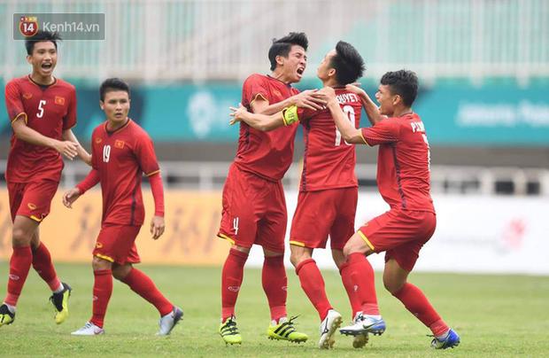 Thua tiếc nuối UAE sau loạt sút penalty, Olympic Việt Nam ngẩng cao đầu chia tay kỳ ASIAD 2018 lịch sử - Ảnh 3.