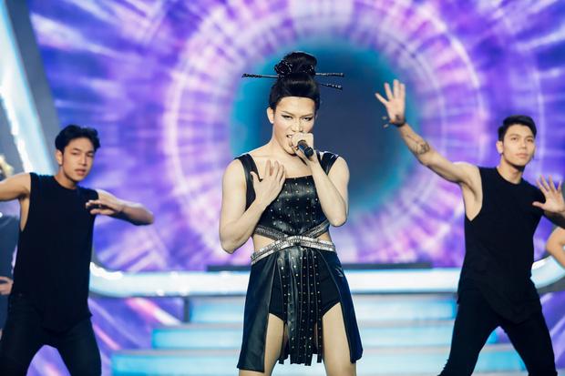 Gương mặt thân quen: Duy Khánh đăng quang Quán quân, Hà Hồ mang bản hit mới đốt cháy sân khấu - Ảnh 13.